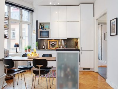 Minimalist-Kitchen-And-Dining-Room-Design-In-Small-Apartment