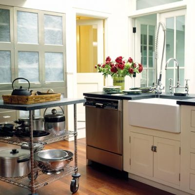30-glass-kitchen-island